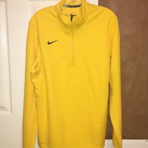 Nike Dri-fit Long sleeve pullover